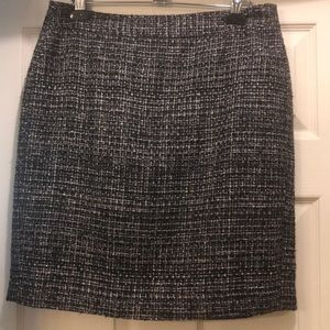 Banana Republic Pencil skirt .